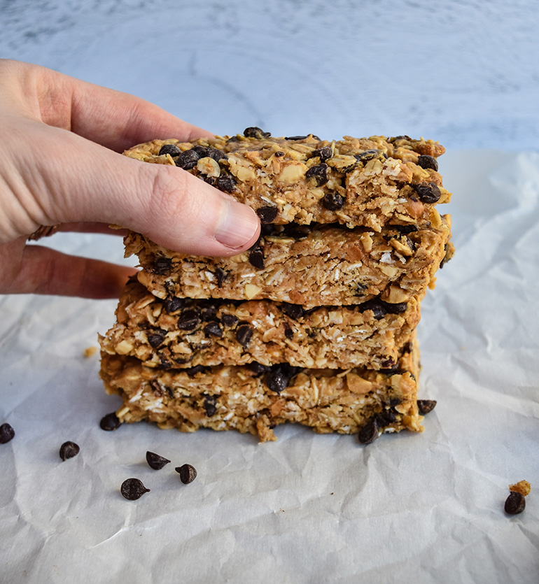 No Bake Chocolate Chip Peanut Butter Granola Bars