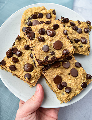 Healthy Chocolate Chip Oatmeal Bars on a plate