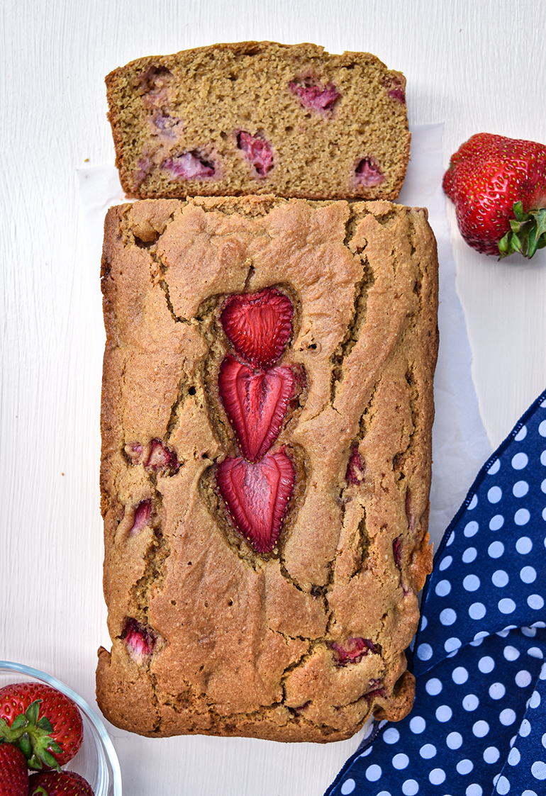 sliced strawberry bread