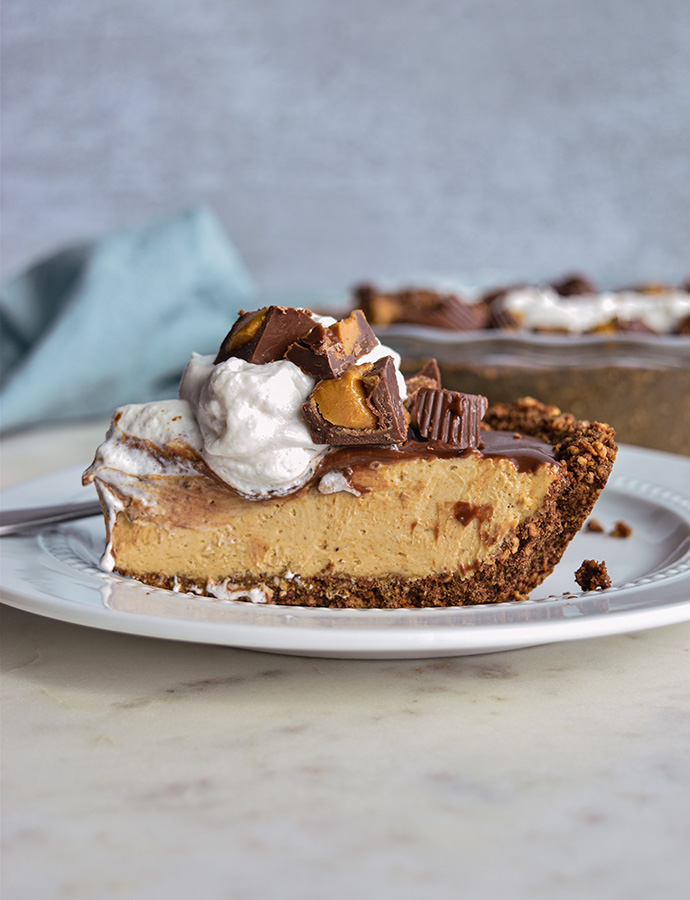 Healthier Peanut Butter Pie with a Chocolate Pretzel Crust