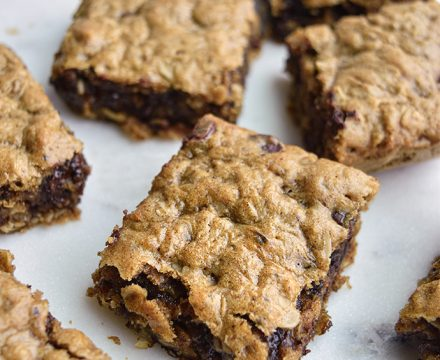 Peanut Butter Oatmeal Cookie Bars